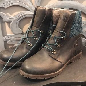 The North Face Lace Up Boot size 10.5